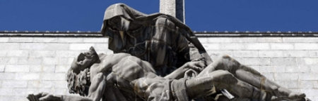 El Foro por la Memoria pide la voladura de la cruz del Valle de los Caídos