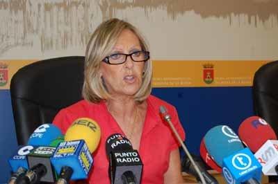 La concejala de Personal y Servicios Generales, María Ángeles Núñez. (Foto: J.F.)