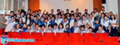 El colegio de Los Maristas acogió la segunda etapa de 'Aula Fútsal'