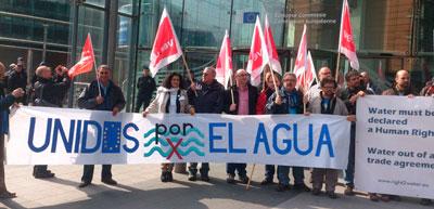 IU busca apoyos de Portugal para la defensa del Tajo en Bruselas