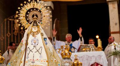 Oropesa vive con pasión la esperada coronación de la Virgen de Peñitas