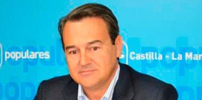 El Congreso solicita documentación sobre sus actividades a Agustín Conde y Martínez Pujalte