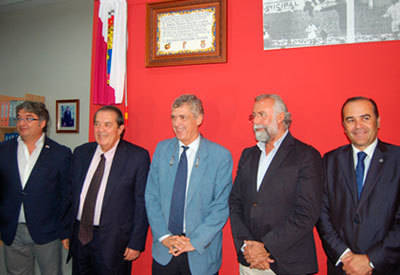 Ángel María Villar inaugura las nuevas dependencias de la Federación de Fútbol de Castilla-La Mancha en Talavera