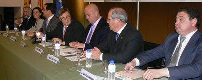 García-Tizón clausura la primera fase del proyecto Dipudinamiza