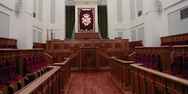 Confrontación con la nueva Ley del Gobierno y del Consultivo