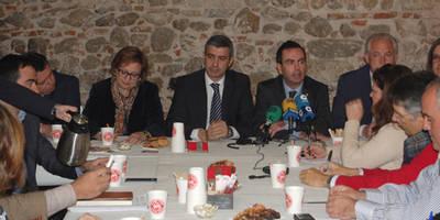 Habrá nuevas aportaciones en la comisión de las viviendas de la Diputación