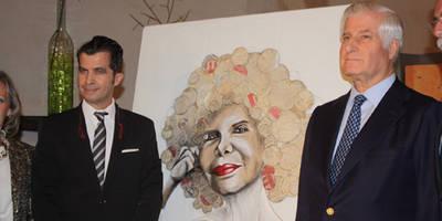 Espectacular asistencia al homenaje dedicado a la Duquesa de Alba realizado por el artista Alberto Romero