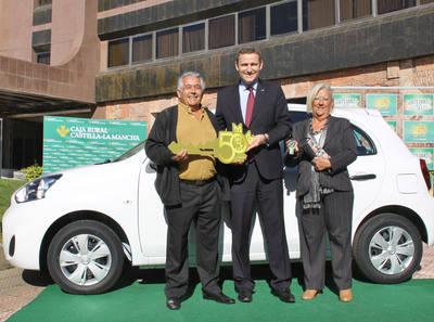 Caja Rural CLM entrega el cuarto Nissan Micra