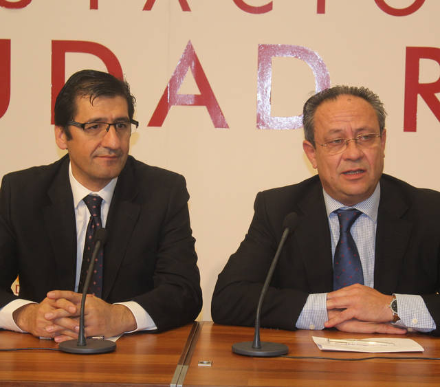 La Junta pagará a los funcionarios el 50% restante de la 'extra'