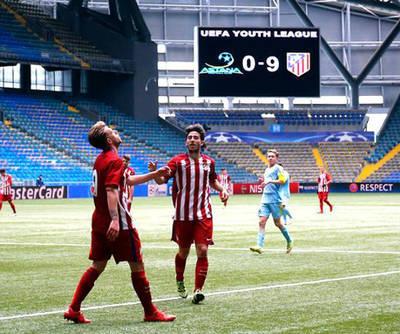 Cuatro goles de Rober al Astana en la Youth League