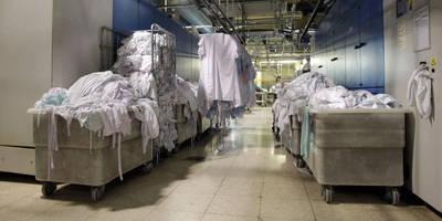 Lavanderías de Fundación ONCE entregan ropa sucia