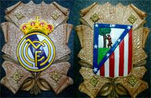 Escudos artesanales de escayola para colaborar con AFANION