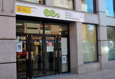 El paro descendió en 9.300 personas durante 2014 en Castilla-La Mancha