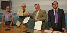 La Diputación respalda las acciones solidarias de Cruz Roja con 200.000 euros en la presente legislatura