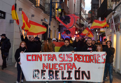 La manifestación contra los recortes impulsada por Liga Joven se desarrolla sin incidentes (vídeo)