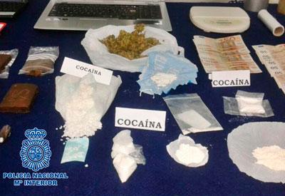 Desmantelado un laboratorio clandestino y un punto negro de venta de droga en Toledo y alrededores