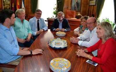 El alcalde se reúne secretario de Estado de Educación