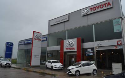 Centrocar y Sierra entrega diez Toyota Aygo