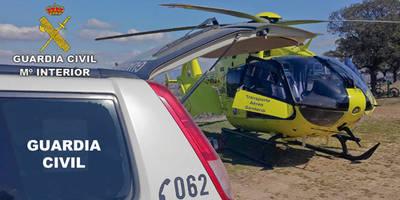 Rescatan a un ciclista que sufrió un grave accidente en una zona muy escarpada del término municipal de Hinojosas de Calatrava