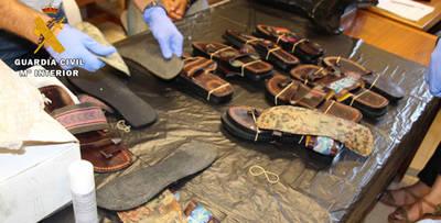 Piden 8 años de cárcel por 3 kilos de cocaína en sandalias