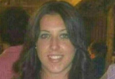 La joven que recibi� un disparo en la calle Alfares recibe el alta un mes despu�s