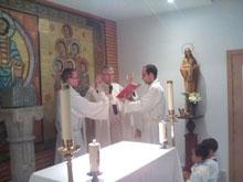 El arzobispo inaugura la nueva capilla de la Iglesia Sagrado Corazón de Jesús