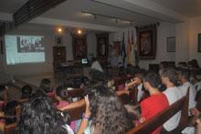 Niños de Castillo de Bayuela mantienen un vídeo-encuentro con alumnos libaneses