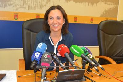 La portavoz del Gobierno municipal, Mar�a Rodr�guez, dio cuenta del contenido de la misiva.
