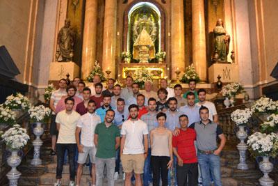 La familia del CF Talavera ofrece su ascenso a Segunda B a la Virgen del Prado