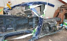 La Guardia Civil detiene a una persona por robo de vehículo y a otra por receptación en un desguace de Pepino