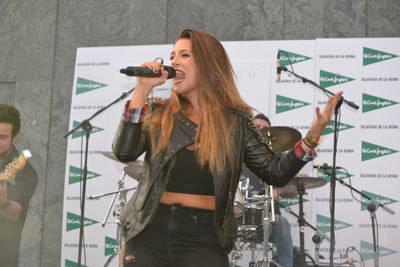 María Aguado presenta 'en casa' su álbum más personal, 'Mi rincón'