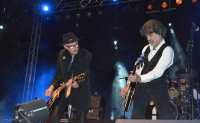 La archiconocida banda Siniestro Total acercó su mejor rock y punk al Escenario Joven