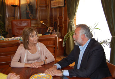 La consejera de Fomento informa que la carretera que une Talavera con Segurilla se finalizará este año