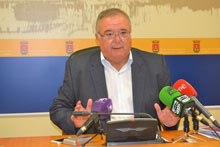 El PSOE propone destinar 500.000 euros para microcréditos a las pequeñas empresas