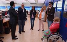 Javier Corrochano se interesa por el proyecto social de la OID