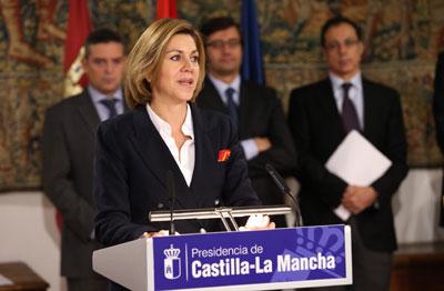 Cospedal anuncia que la deuda acumulada con los ayuntamientos de la región ha sido liquidada en su totalidad