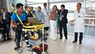 """Cospedal valora """"el referente internacional"""" del Hospital Nacional de Parapléjicos de Toledo, un centro público convertido en un """"modelo a seguir"""""""