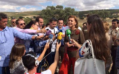 """Cospedal valora que """"toda la sociedad trabaja en la buena dirección"""" en la reducción del paro y el cambio de tendencia en Castilla-La Mancha"""