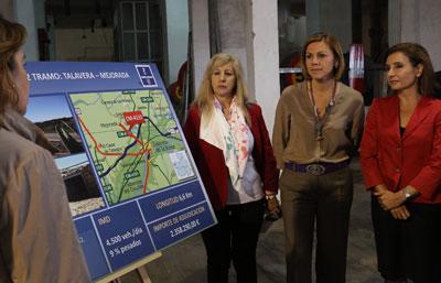 Cospedal visita las obras de ensanche y refuerzo en la carretera CM-4132 que beneficiarán a Talavera, Mejorada, Segurilla y Montesclaros