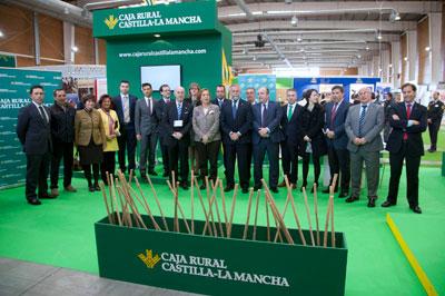 Caja Rural Castilla-La Mancha respalda al sector ganadero en CapraEspaña Talavera