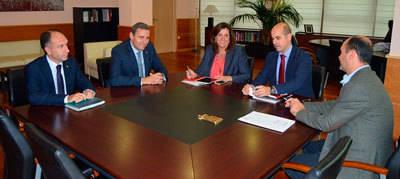 Caja Rural CLM y el Gobierno de Castilla-La Mancha evalúan las necesidades de crédito a la empresa para la creación de empleo
