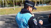 Detenido por conducción temeraria y arrojar una tasa de alcohol de 1.41 al volante