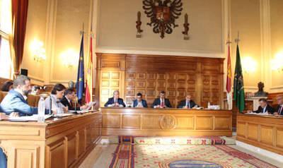 La Diputación investigará la actuación llevada a cabo en la reforma de los pisos de la calle Cardenal Cisneros