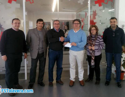 Donación del FS Talavera a Cruz Roja