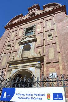 La Biblioteca Niveiro-Alfar del Carmen abrirá el curso escolar con el 100% de los fondos bibliográficos