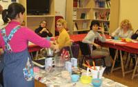 Más de 200 personas participaron en el taller de repostería navideña del Etnográfico