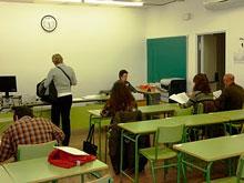 La primera semana de exámenes incorpora la valija virtual al centro asociado de Talavera