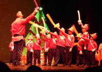 Los alumnos del Lope de Vega, solidarios con Cruz Roja al ritmo de Tchaikovski