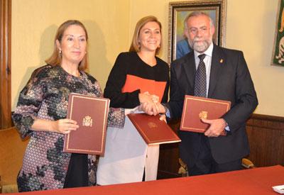 Pastor, Cospedal y Ramos firman el protocolo para desarrollar la plataforma nodal de Talavera