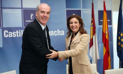 Suscrito un convenio para agilizar la información registral urbanística de Castilla-La Mancha